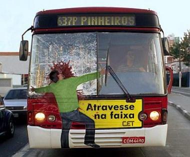 Dopravní nehoda autobus-chodec